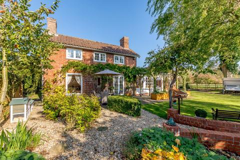 4 bedroom detached house for sale - Church Cottage, West Rasen, Market Rasen, Lincolnshire, LN8