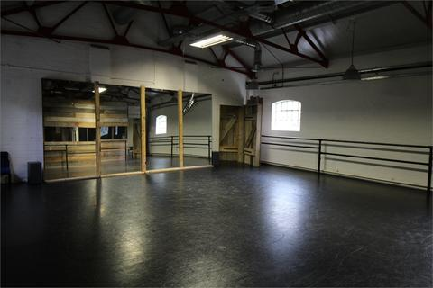Property to rent - Royal Gunpowder Mills, Beaulieu Drive, Waltham Abbey, Essex