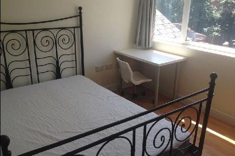 5 bedroom house share to rent - Hubert Road, Selly Oak, Birmingham, West Midlands, B29