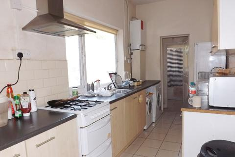 4 bedroom house share to rent - Dawlish Road, Selly Oak, West Midlands, B29