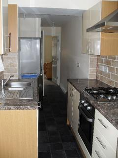 4 bedroom house to rent - Dawlish Road, Selly Oak, West Midlands, B29