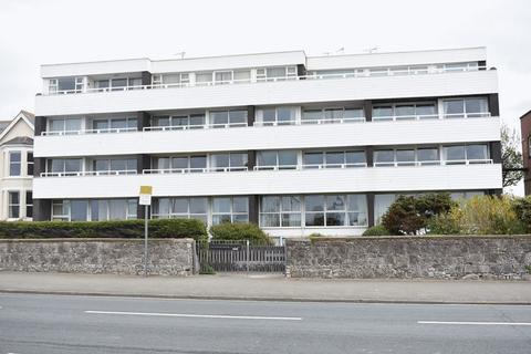 2 bedroom apartment for sale - Glendower Court, Rhyl