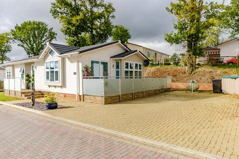 2 bedroom retirement property for sale - Yeomans Way, Pilgrims Retreat, Harrietsham, Maidstone, ME17