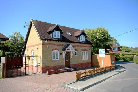 2 bedroom detached house for sale - Lower Road, Staple