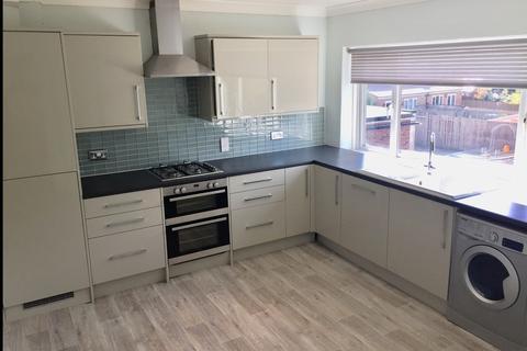 3 bedroom maisonette to rent - Hayes Street, Bromley, BR2