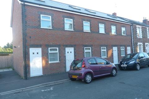 3 bedroom flat to rent - Letty Mews, Cathays ( 3 Bed )