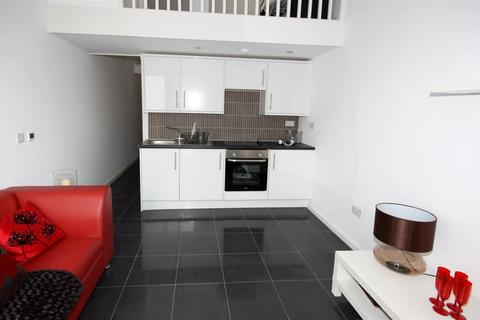 1 bedroom flat to rent - Richmond Square, Roath ( Duplex Studio )