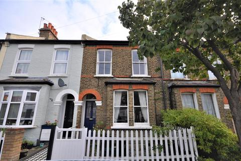 2 bedroom terraced house to rent - William Road, London