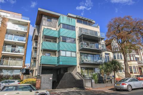 1 bedroom apartment for sale - St James Court, Grand Parade, Leigh-on-Sea