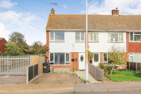 3 bedroom terraced house for sale - Faversham Road, Seasalter, Whitstable