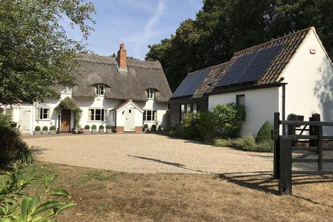 3 bedroom cottage for sale - Little Leighs, Chelmsford