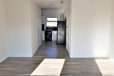1 bedroom apartment to rent - Lower Addiscombe Road, Croydon