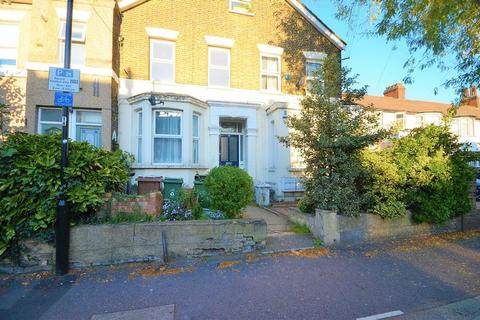 2 bedroom apartment for sale - Vicarage Road, Leyton, E10