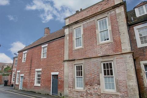 2 bedroom terraced house for sale - Church Street, Westbury