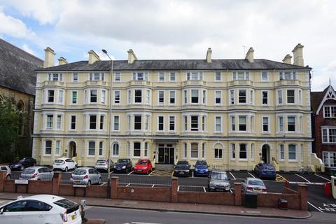 2 bedroom flat to rent - Grantley Court, London Road, Tunbridge Wells