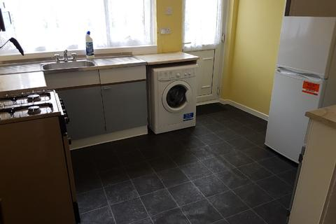 3 bedroom house share to rent - Poole Cresent, Harborne, West Midlands, B17