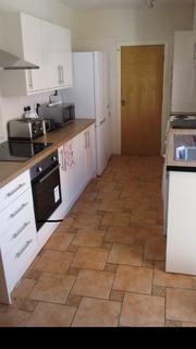 8 bedroom house share to rent - Umberslade Road, Selly Oak, Birmingham, West Midlands, B29