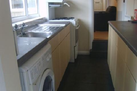 4 bedroom house share to rent - Tiverton Road, Selly Oak, Birmingham, West Midlands, B29
