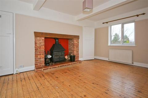 3 bedroom semi-detached house for sale - Court Lane, Hadlow, Tonbridge, Kent