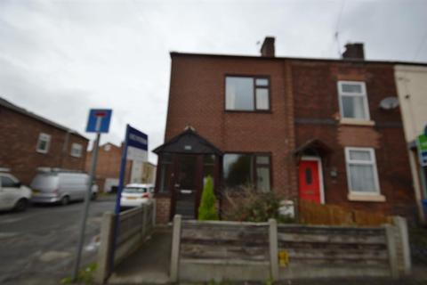 2 bedroom end of terrace house to rent - Moorside Road, Swinton, Manchester, M27 9PJ
