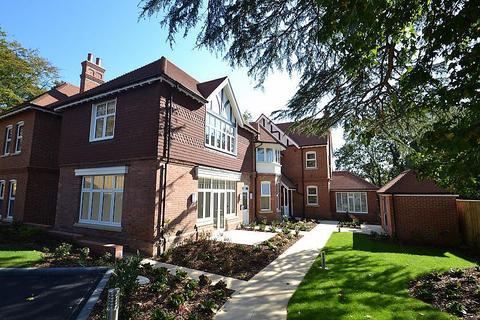 3 bedroom penthouse to rent - Broadstone