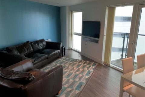 2 bedroom apartment to rent - Meridian Bay, Trawler Road, Swansea, SA1 1PL