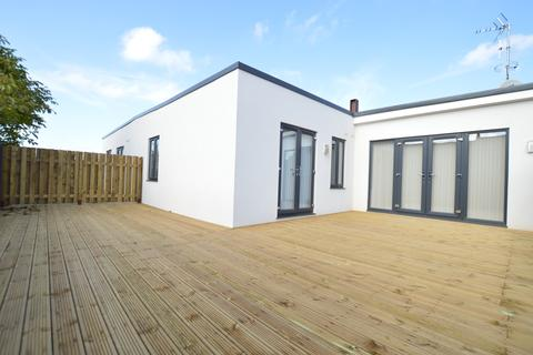 2 bedroom flat to rent - Eltham High Street London SE9