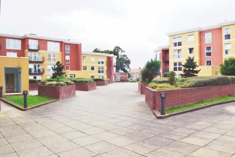 2 bedroom apartment to rent - Monarch Way, Newbury Park, IG2
