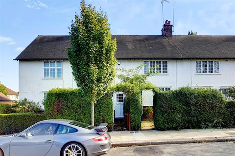 3 bedroom cottage for sale - Fowlers Walk, Ealing, W5 1BQ