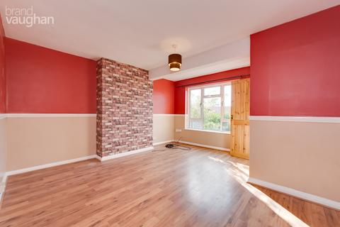 2 bedroom terraced house to rent - Langley Crescent, Brighton, BN2