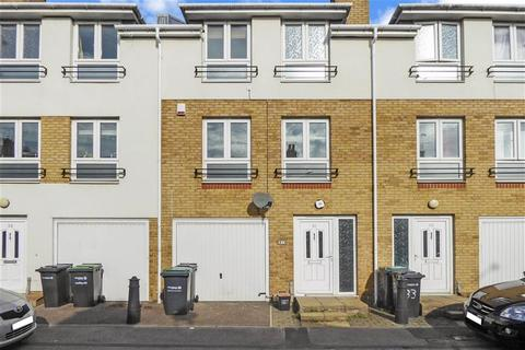 3 bedroom townhouse for sale - Suffolk Road, Gravesend, Kent