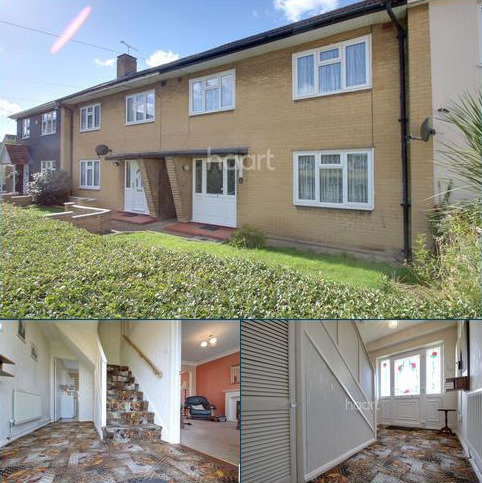 3 bedroom terraced house for sale - Newbury Close, Romford, RM3 8HB