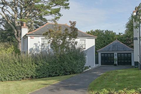 3 bedroom detached house for sale - Arundell Place, Truro