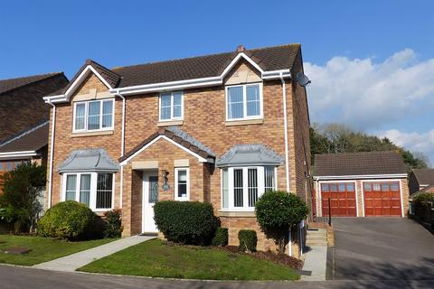 4 bedroom detached house for sale - Ysbryd-Y-Coed, Pen-y-Fai, Bridgend, Bridgend County. CF31 4GF