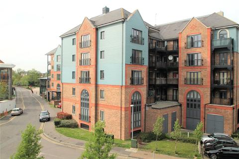 2 bedroom apartment for sale - Waterway House, Medway Wharf Road, Tonbridge, TN9