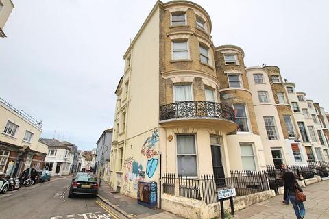 Studio to rent - St. Georges Place, Brighton