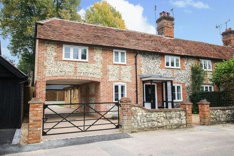 3 bedroom semi-detached house for sale - Ferry Lane, Medmenham