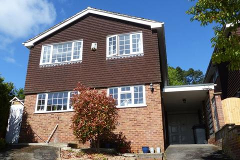 4 bedroom detached house for sale - Marlow. Spinfield catchment.