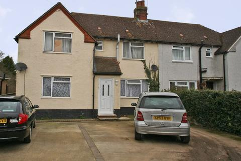5 bedroom semi-detached house to rent - STUDENT LIVING on London Road