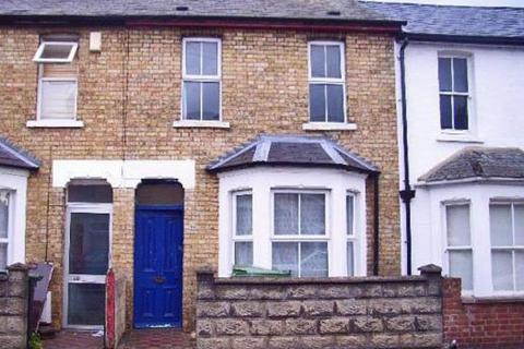 5 bedroom terraced house to rent - STUDENT LIVING in East Avenue