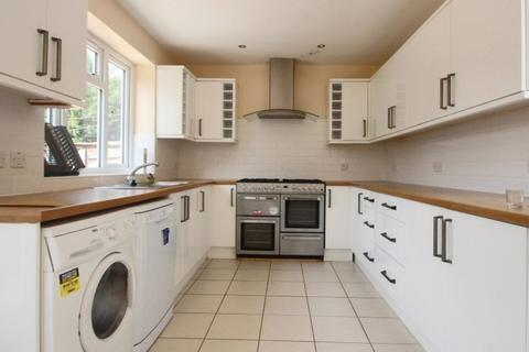 7 bedroom terraced house to rent - STUDENT LIVING in Headington