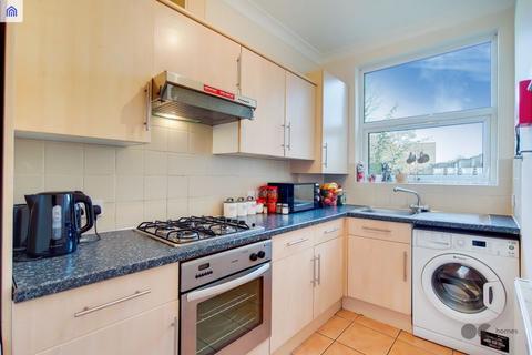 1 bedroom flat to rent - Vicarage Road, Leyton E10