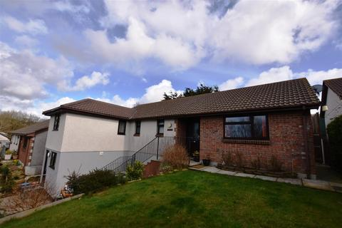 4 bedroom bungalow for sale - Willow Drive, Camborne