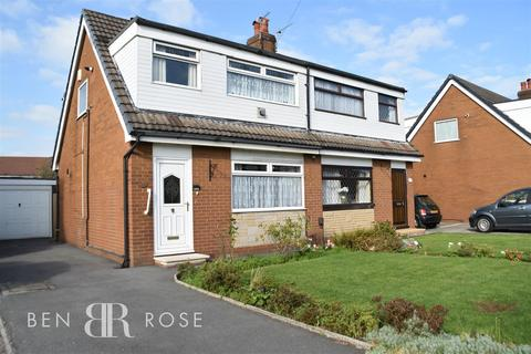 3 bedroom semi-detached house for sale - Lowther Drive, Leyland