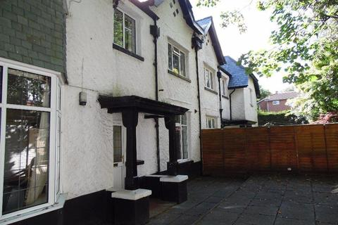 6 bedroom house to rent - GERVIS ROAD, BOURNEMOUTH