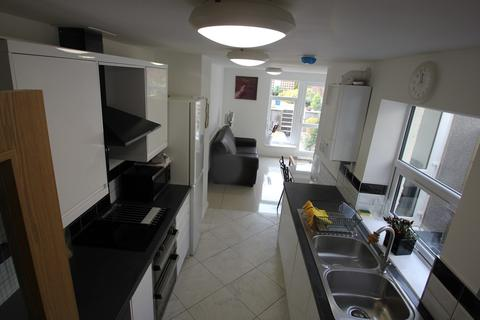 5 bedroom terraced house to rent - May Street, Cardiff, CF24