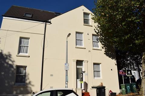 2 bedroom flat to rent - Shaftesbury Road, Brighton, BN1 4NG.