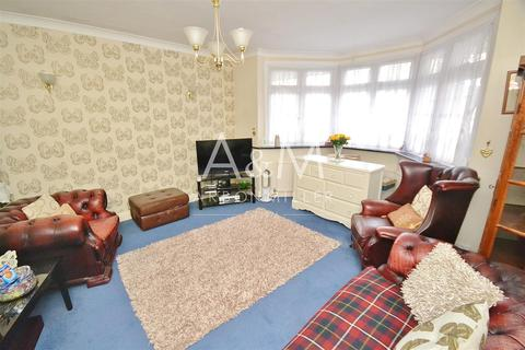 2 bedroom semi-detached bungalow for sale - Dovedale Avenue, Clayhall