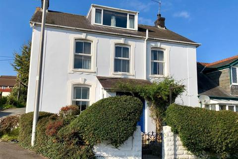 5 bedroom detached house for sale - Square & Compass, Llangadog
