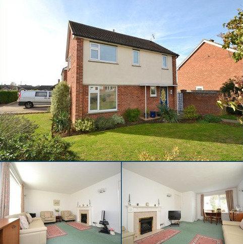 3 bedroom detached house for sale - Defoe Road, Ipswich, IP1 6SD
